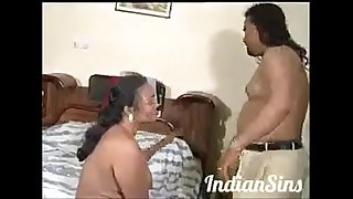 Indian aunty fuck his hushbend